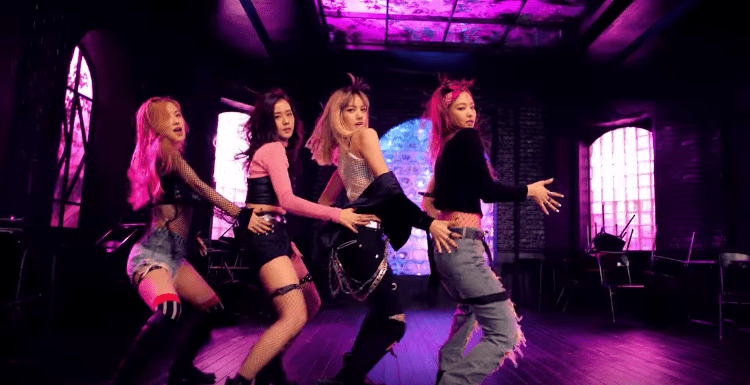"""MV Reviews: BLACKPINK's """"BOOMBAYAH"""" & """"WHISTLE"""""""