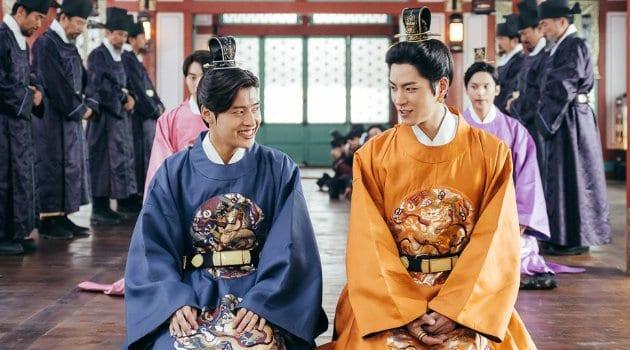 "SBS Releases Hilarious Blooper Reel For ""Scarlet Heart: Ryeo"""