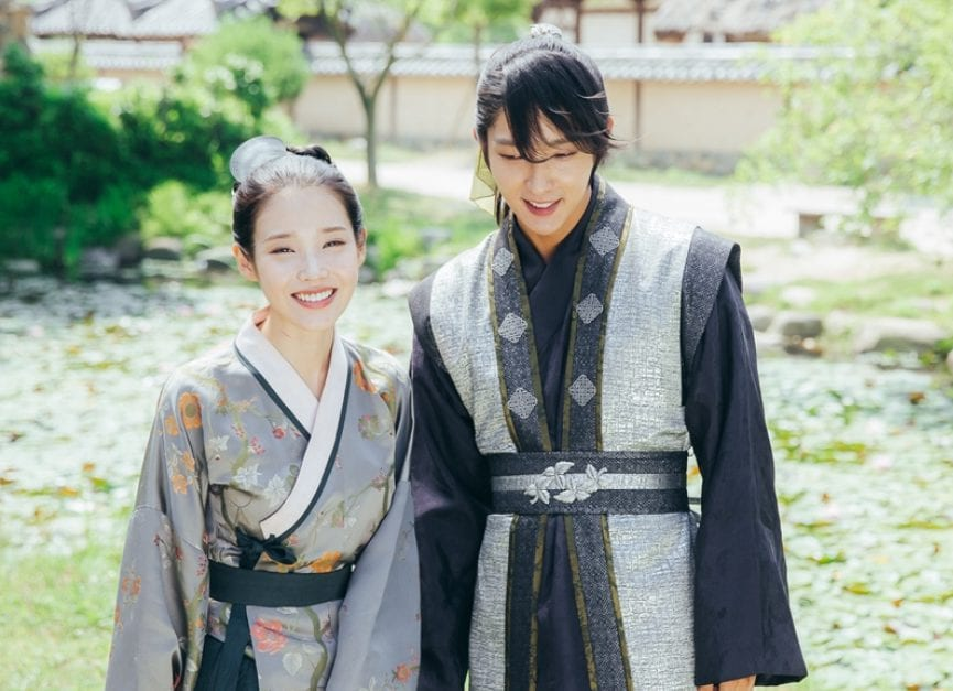 """IU Shares Hilarious Video Of Lee Joon Gi Providing """"Special Effects"""" During Filming"""