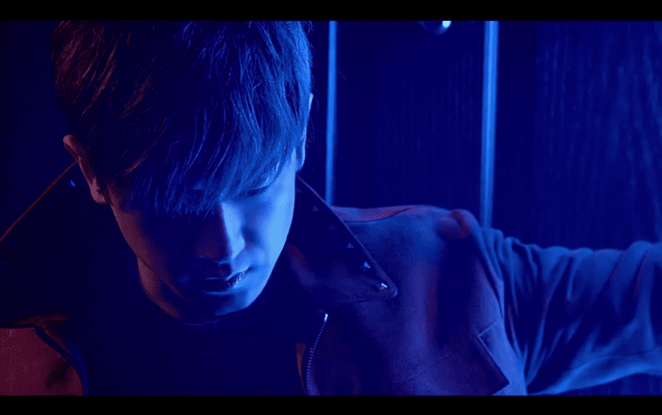 "SHINHWA Plays It Cool In Teaser For ""Touch"" MV"