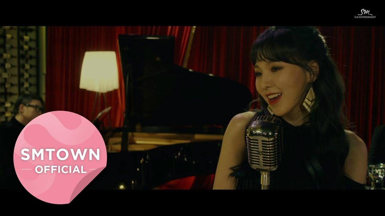 "Red Velvet's Wendy Melts Hearts With MV For ""Have Yourself A Merry Little Christmas"""