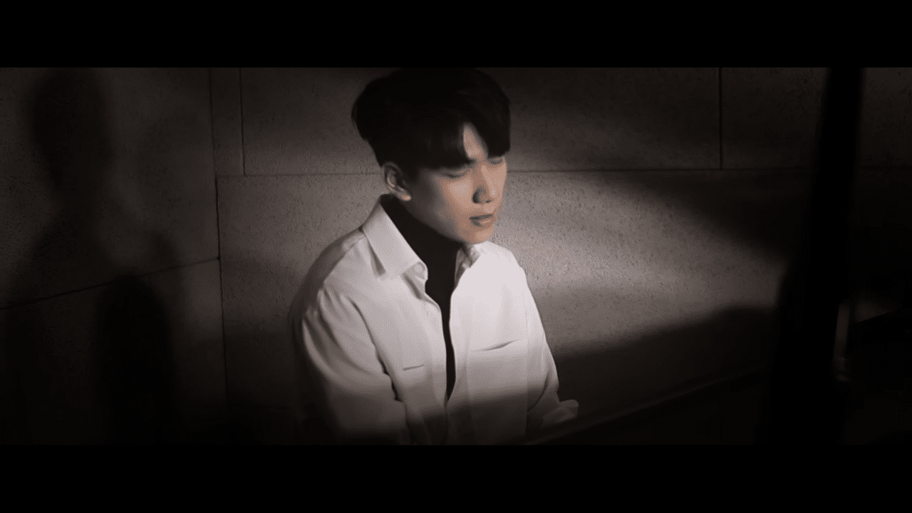 """WATCH: VIXX's Hyuk Releases First Ever Self-Composed Song, """"I'll Hug You"""""""