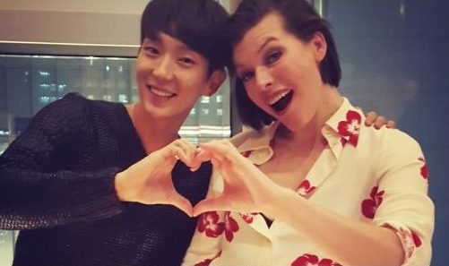 Hollywood Actress Milla Jovovich Hangs Out With Lee Joon Gi In Seoul