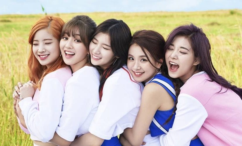 Girl Group TWICE Announces World Tour Beginning In February