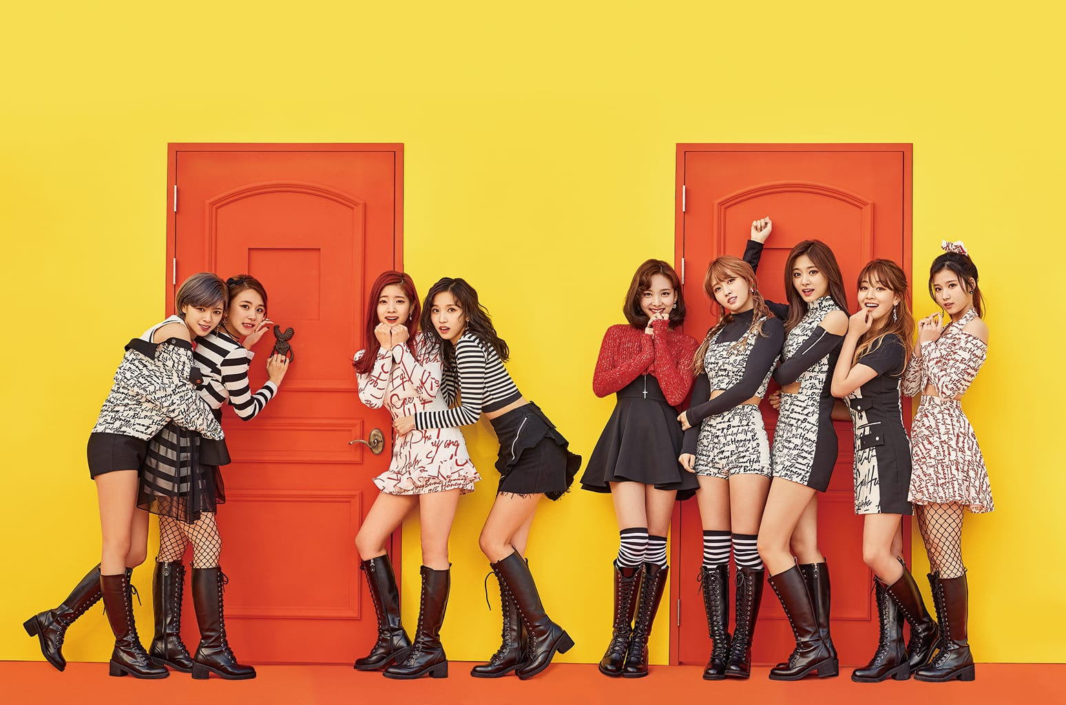 """TWICE Achieves Perfect All-Kill With Latest """"Knock Knock"""" Release"""