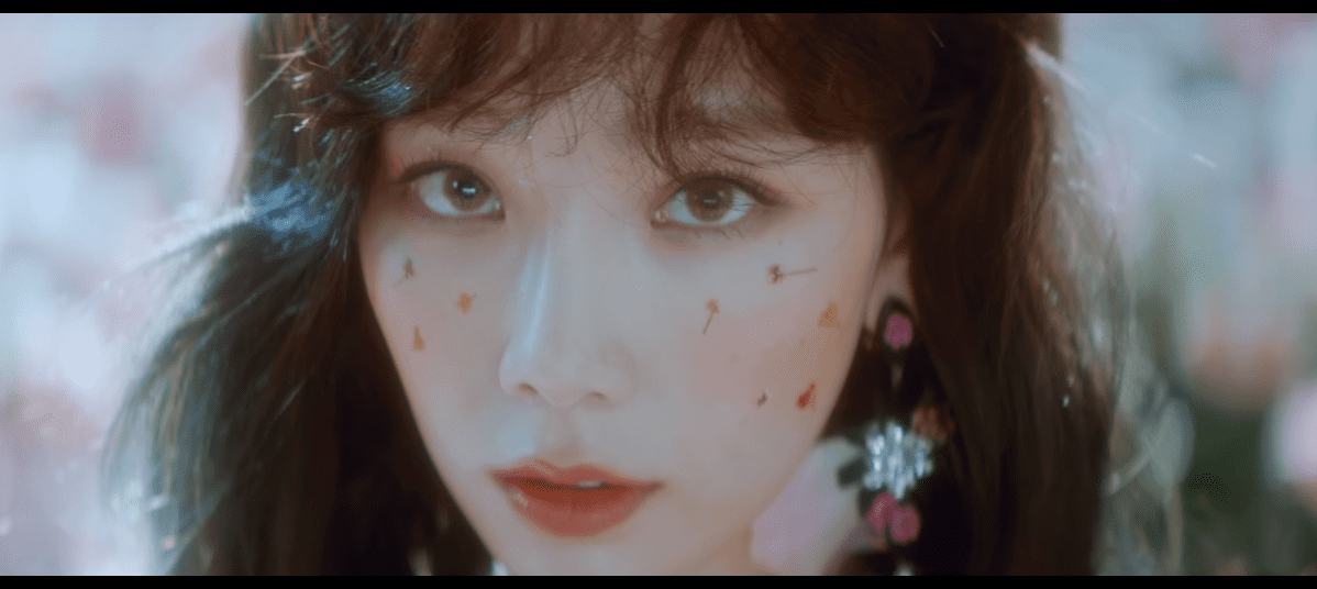 """WATCH: SNSD's Taeyeon Drops Beautiful Teaser For """"Make Me Love You"""""""