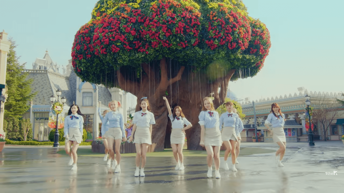 "WATCH: MOMOLAND Makes Comeback With ""Wonderful Love"" MV"