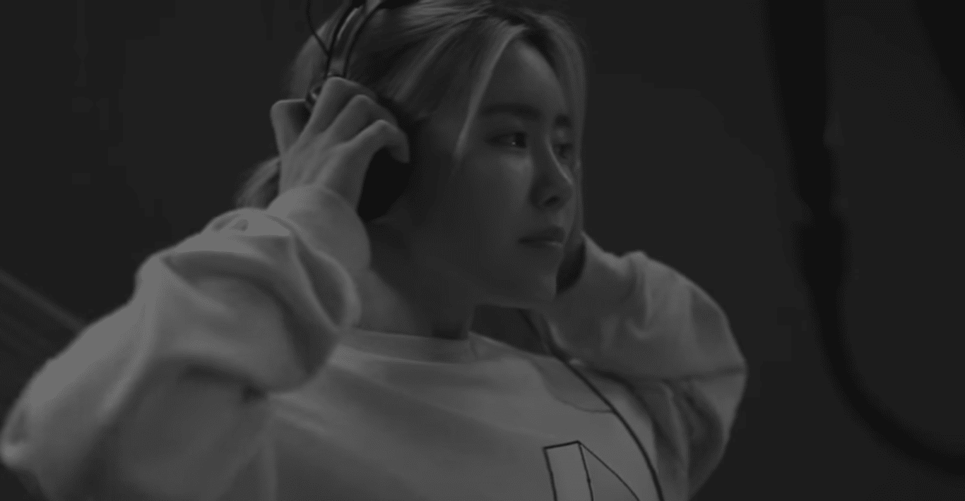 """Suran Drops New """"Wine"""" Track Featuring Changmo And Produced By BTS's Suga"""