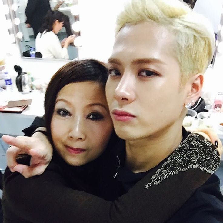 8 Precious Kpop Idols Who Love Their Moms