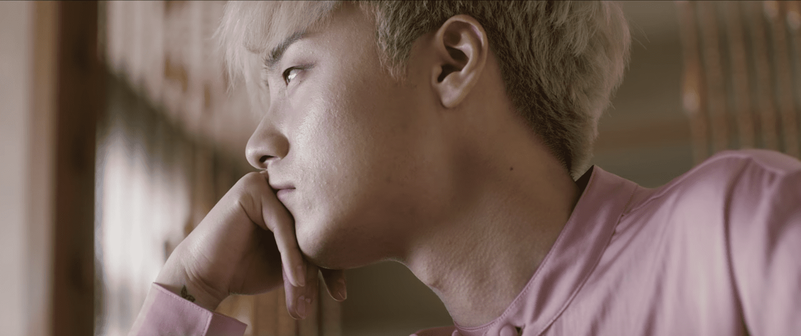 """WATCH: Roy Kim Moves On From Heartache In New """"Suddenly"""" MV"""