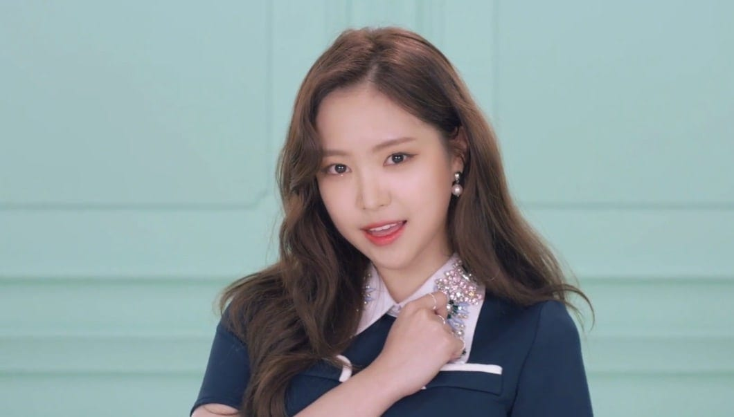 WATCH: Naeun Looks Beautiful In New Teasers From Apink