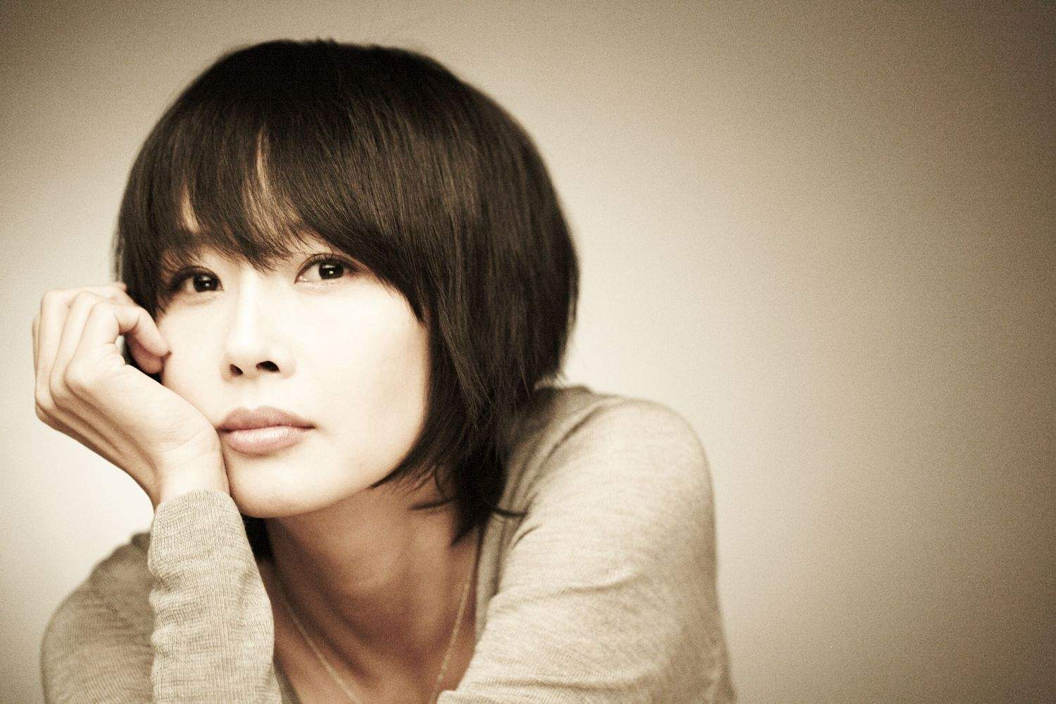 9 Korean Actors Who Tragically Committed Suicide