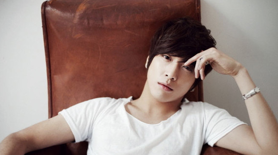 CNBLUE's Yonghwa To Release Solo Album In July