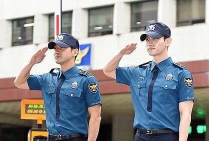Super Junior's Siwon and TVXQ's Changmin Officially Discharged From Military
