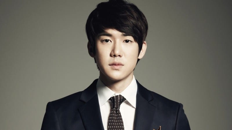 Yoo Yeon Seok Totally Transforms For Role As Transgender Singer