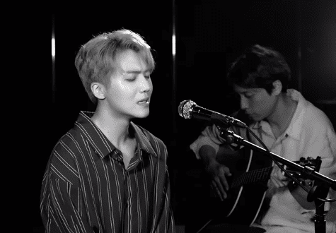 """WATCH: PENTAGON's Jinho Covers Charlie Puth's """"Attention"""""""