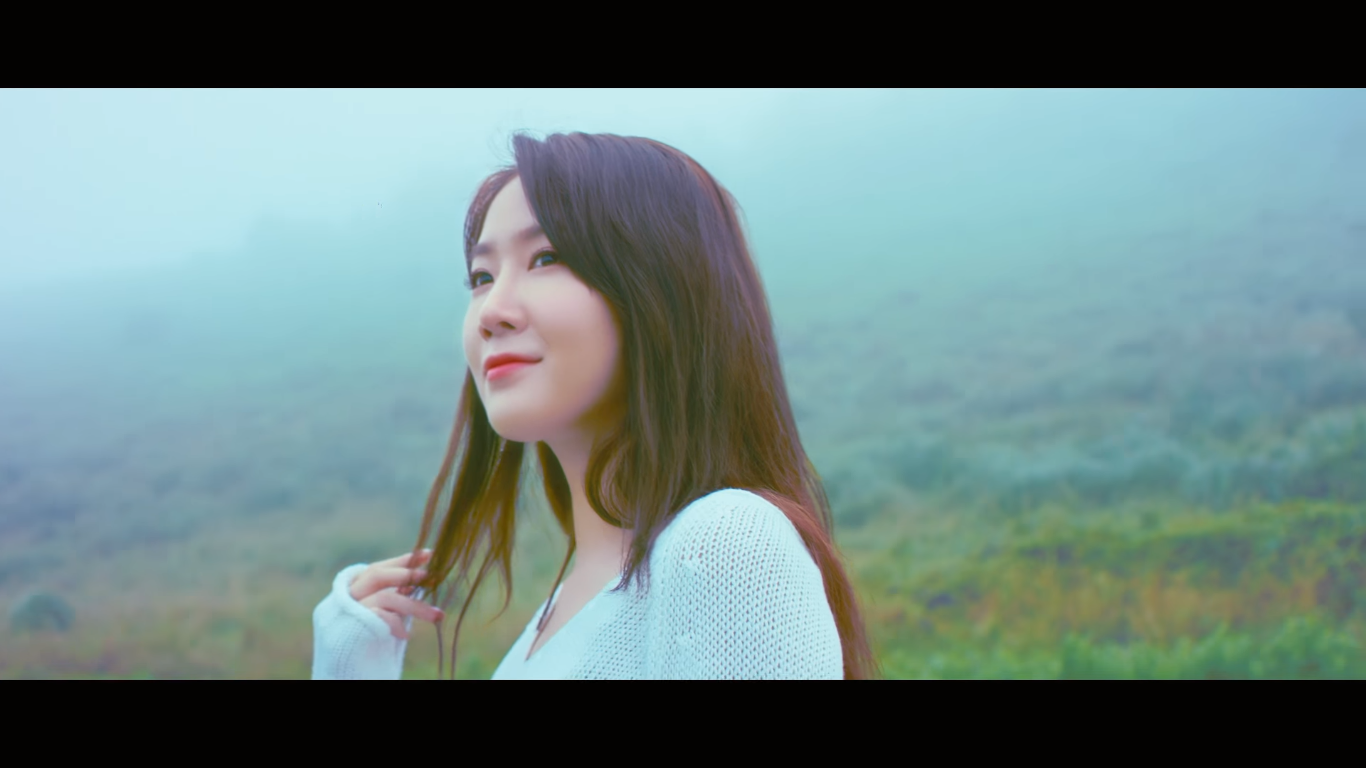"""WATCH: Soyou Releases """"The Blue Night On Jeju Island"""" Music Video"""