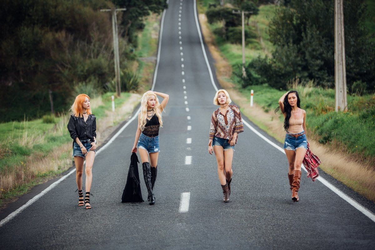 """MAMAMOO Drops New Group Teaser Image For """"Yellow Flower"""" Comeback"""