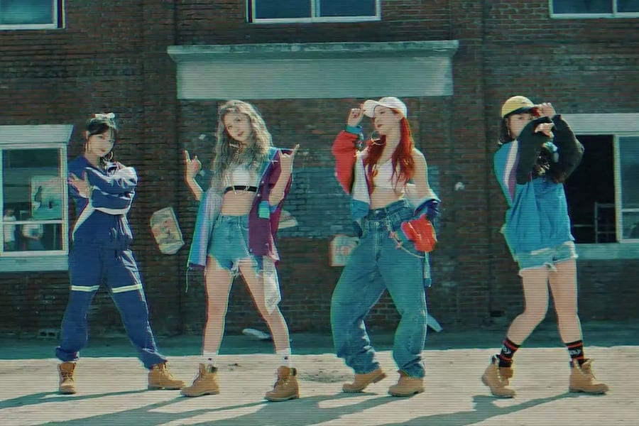 "WATCH: EXID Drops Retro Teaser For ""LADY"" MV"