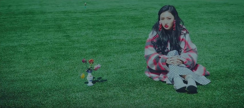 """WATCH: MAMAMOO's Hwasa Tells Fans She """"Became Calm"""" In Lovely Solo MV"""