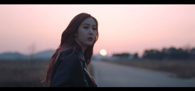 """WATCH: GFRIEND Goes On Late Night Adventure In """"Time For The Moon Night"""" MV"""