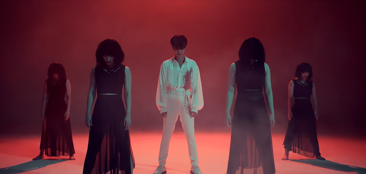 "WATCH: VIXX's N Is Downright Creepy In ""Last Fantasia"" Performance Video"