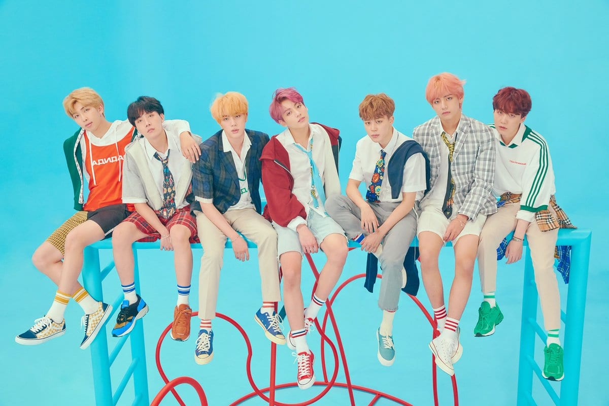"BTS Releases Expansive Tracklist For ""Love Yourself: Answer"""