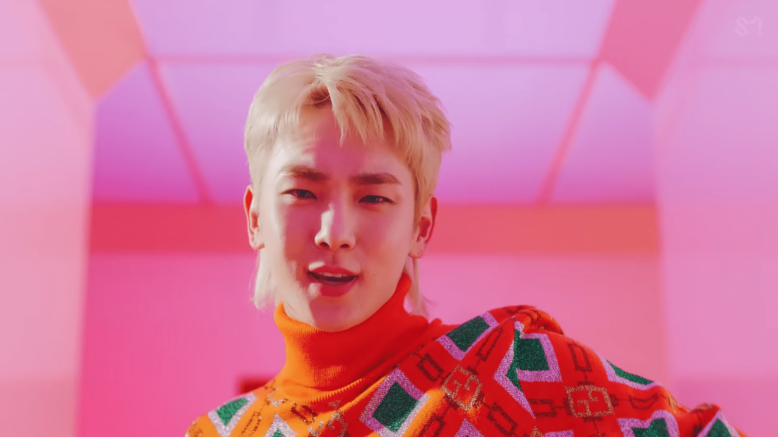 """WATCH: SHINee's Key Says """"I Wanna Be"""" In New MV Featuring (G)I-DLE's Soyeon"""