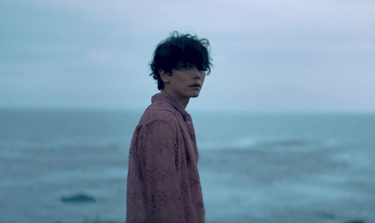 "WATCH: Park Hyo Shin Bids A Heavy Farewell In ""Goodbye"" MV"
