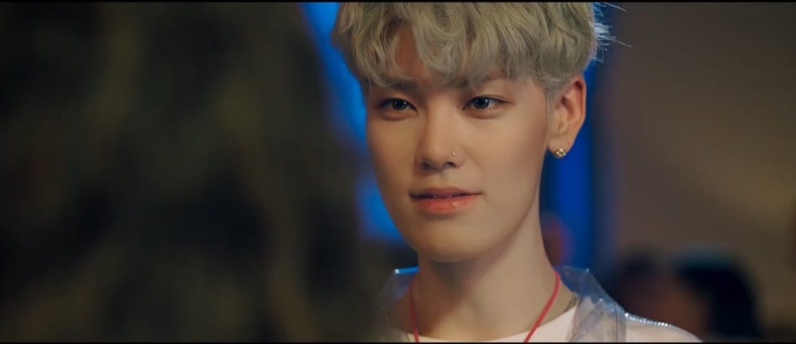 """WATCH: BAP's Zelo Makes Solo Debut With Mini Album And """"Questions"""" MV"""