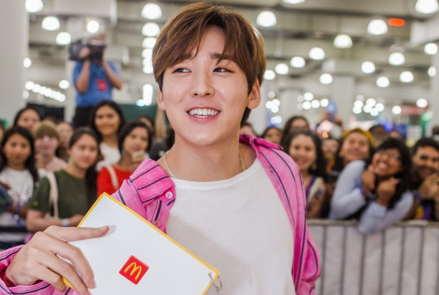Kevin Woo Surprises Fans At McDonald's Booth During KCON NY 2019