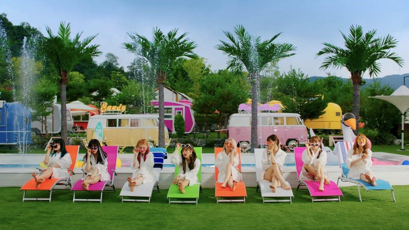 "WATCH: Weki Meki Releases A Summer Hit With ""Tiki-Taka(99%)"" MV"