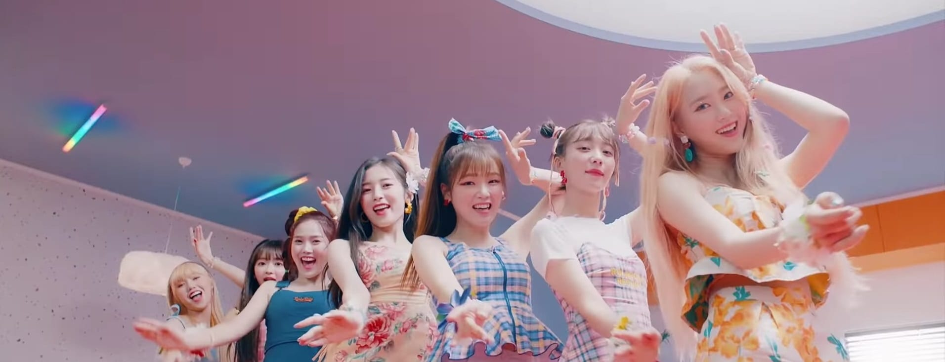 "WATCH: Oh My Girl Is Ready For A Summer Romance In ""Bungee (Fall In Love)"" MV"