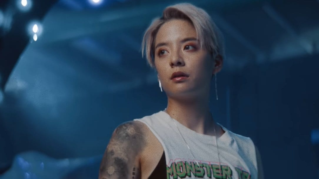 """WATCH: Amber Liu Is Replacing You With """"Other People"""" In Amazing New MV"""