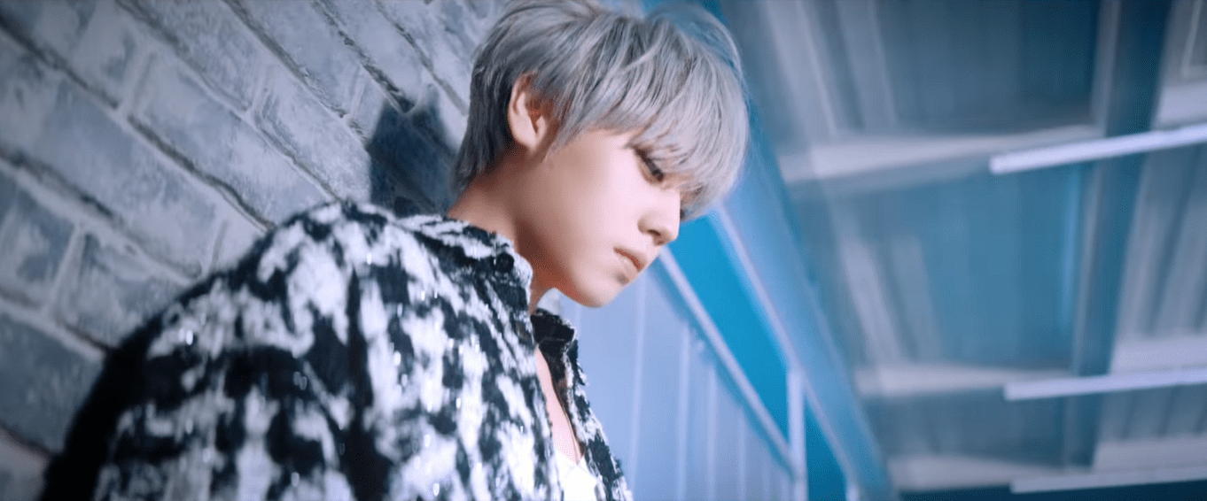 "WATCH: Park Jihoon Spills Chic Allure In ""360"" MV"