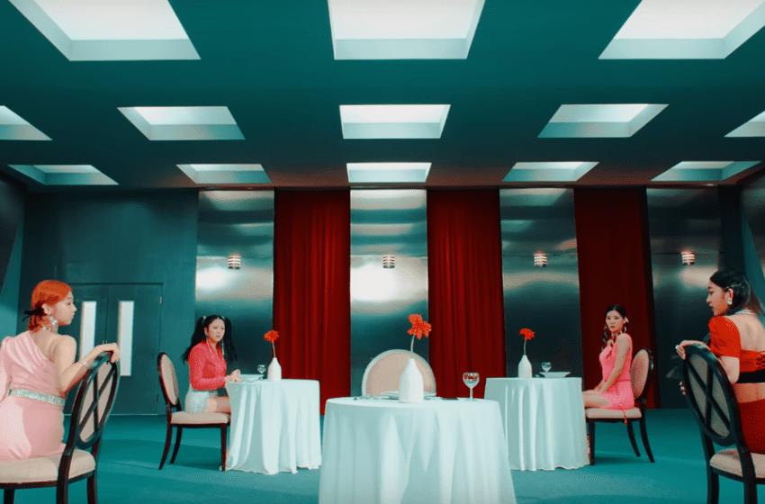 "WATCH: cignature Makes Their Mark With ""Nun Nu Nan Na"" Debut MV"