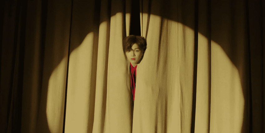 "WATCH: Kang Daniel Makes Triumphant Return With Mischievous ""2U"" Music Video"