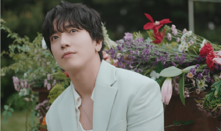 "WATCH: CNBLUE's Yonghwa Teams Up With Highlight's Yoon Doojoon, ZE:A's Kwanghee, And Lee Joon For ""Would You Marry Me?"" MV"