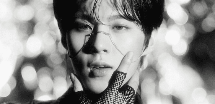 "WATCH: Kim Woo Seok Debuts Alluring ""Red Moon"" Music Video"
