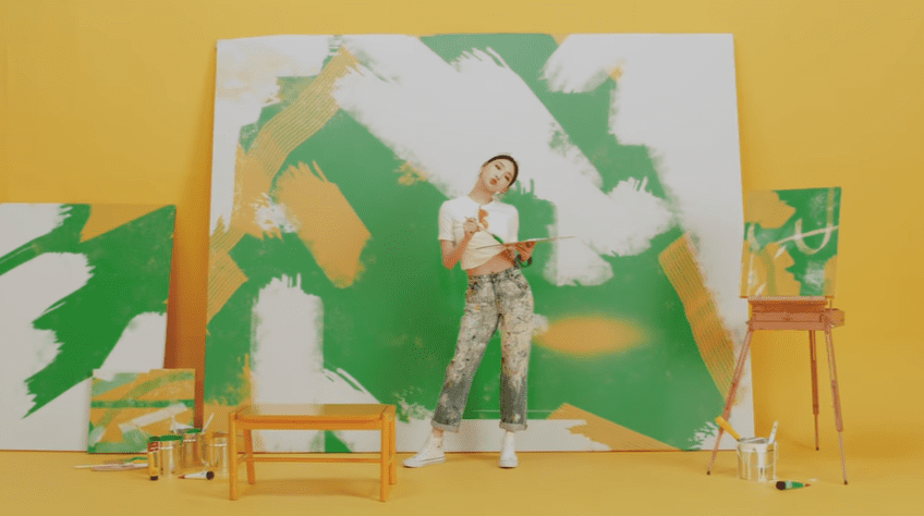 """WATCH: Chungha Brings Sunny Cheer With """"Be Yourself"""" MV"""