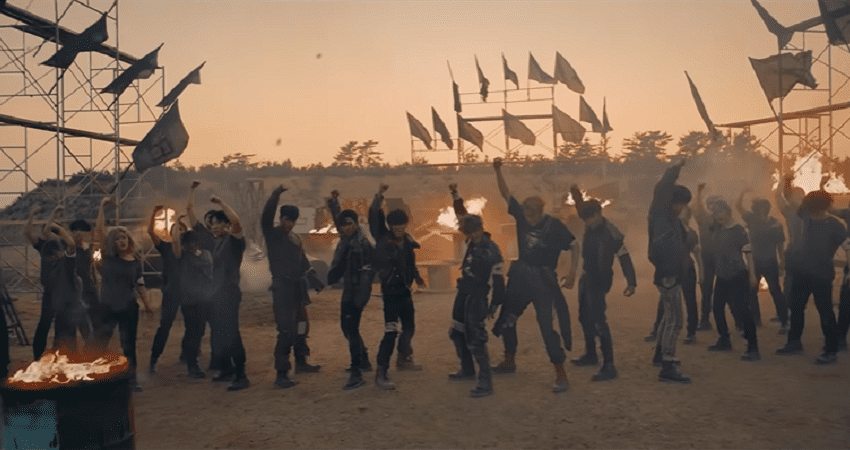 """WATCH: PENTAGON Display Their  Strength With Formidable """"Basquiat"""" Performance Video"""
