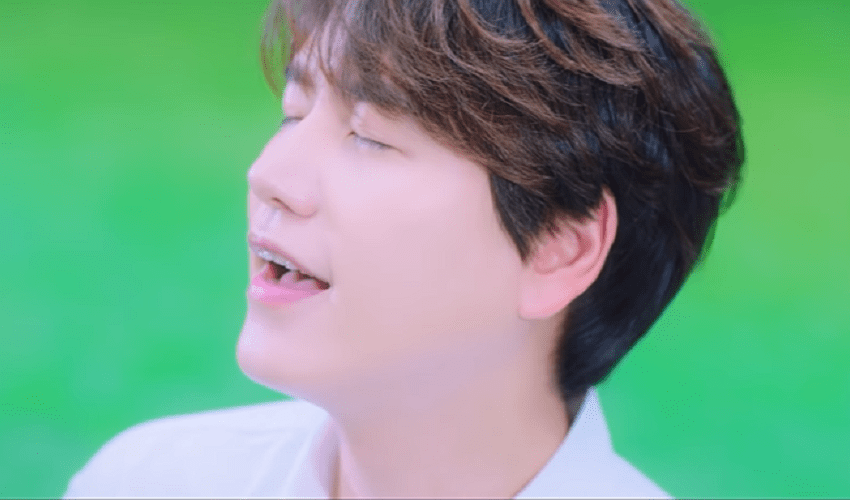 "WATCH: Super Junior's Kyuhyun Launches New Project With Vivid ""Dreaming"" MV"