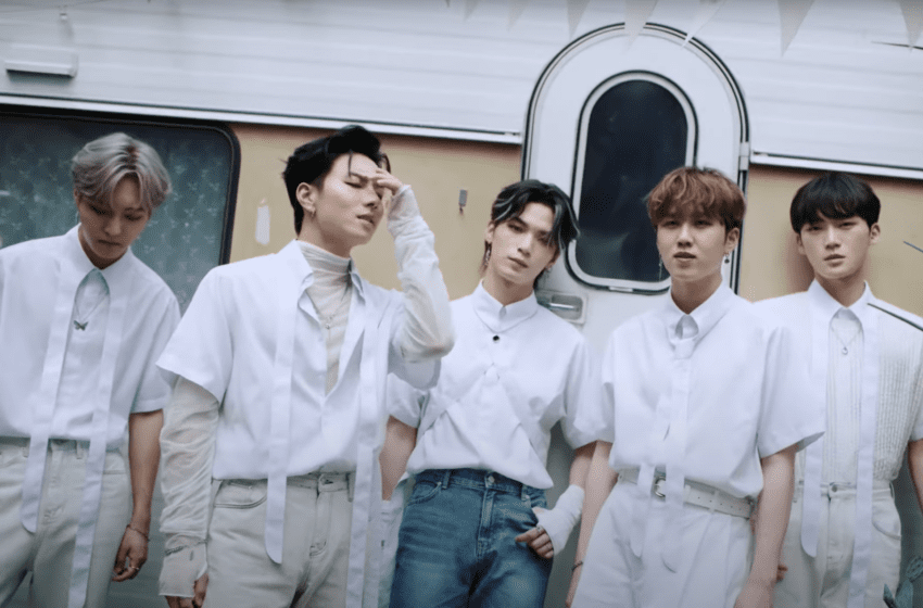 """WATCH: Seven O'Clock Wait For Your Call In """"Hey There"""" MV"""